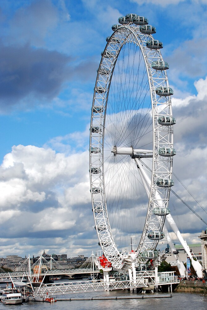 London Eye by Angus Russell