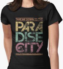 Paradies-Stadt Tailliertes T-Shirt für Frauen