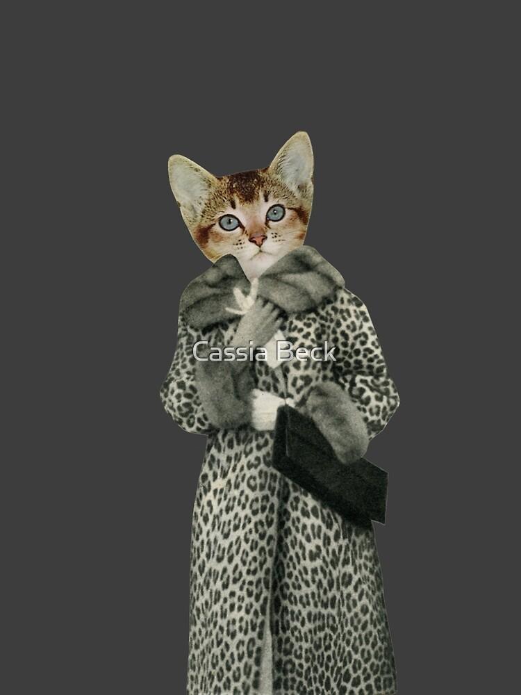 Kätzchen gekleidet als Katze von Cassia