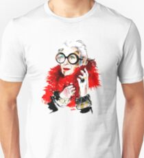 IRIS APFEL Unisex T-Shirt