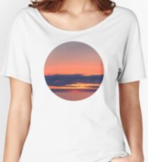 Beyond the horizon Women's Relaxed Fit T-Shirt
