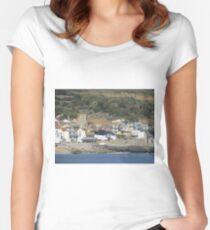 Lyme Regis Women's Fitted Scoop T-Shirt