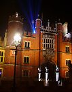 Hampton Court at Christmas by Colin  Williams Photography