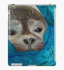 Seal Just a Peek iPad Case/Skin