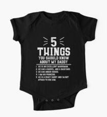 5 Dinge, die du über meinen Papa wissen solltest Baby Body Kurzarm