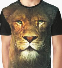 The face of a lion Graphic T-Shirt