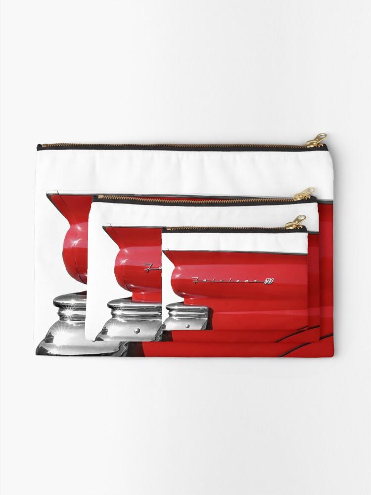 Alternative Ansicht von 1957 Ford Fairlane 500 Heckflosse - Hoher Kontrast Täschchen