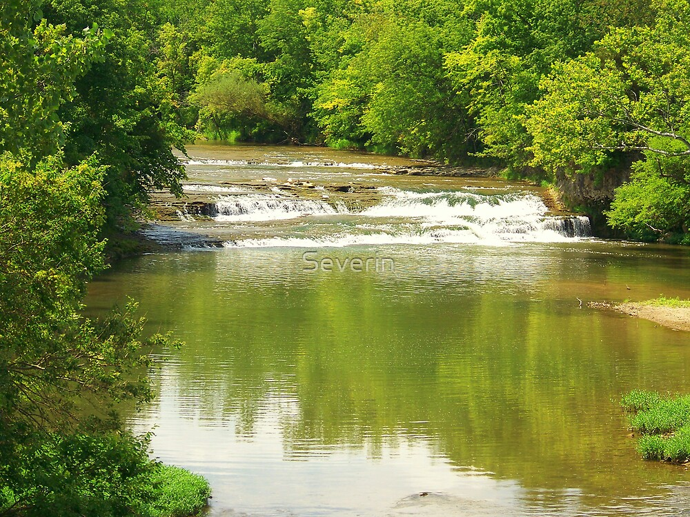 Rapids at Greenville falls by Severin