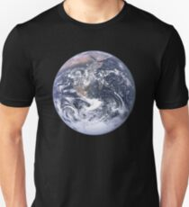PLANET EARTH FROM APOLLO 17 Unisex T-Shirt