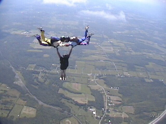 Hybrid jump At Duanesburg Skydiving. by svst