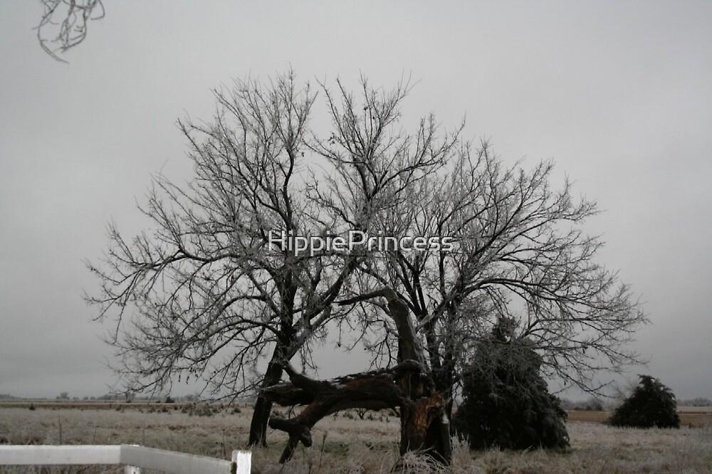 snowy Tree by HippiePrincess