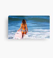 Heißes Bikini-Surfer-Baby Metallbild