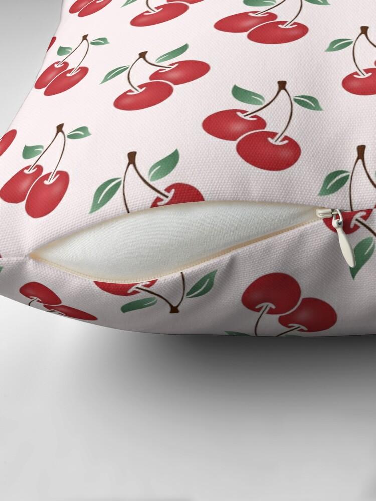 Alternative Ansicht von Cherry Pattern Dekokissen