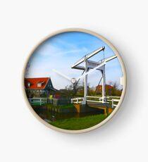 Beatrix Brug Clock