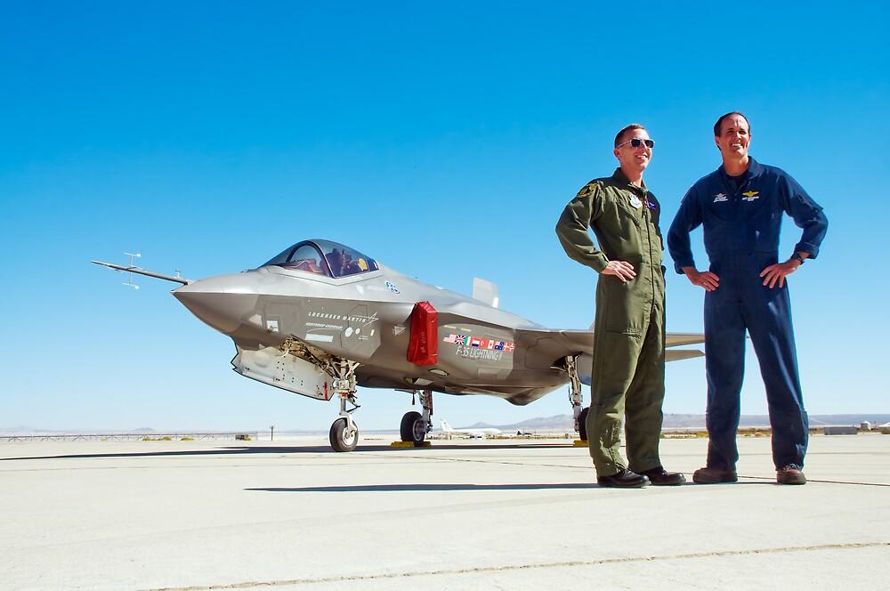 F-35 Lightning II with Pilots by gfydad