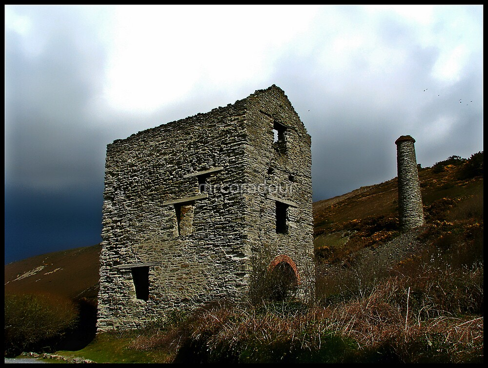 Engine House Ruins of a Cornish Tin Mine. by Malcolm Chant