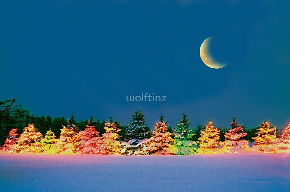 Christmas Moon by wolftinz