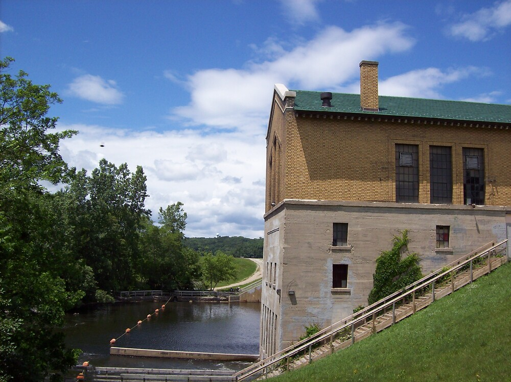 dam house view by ariyahjoseph
