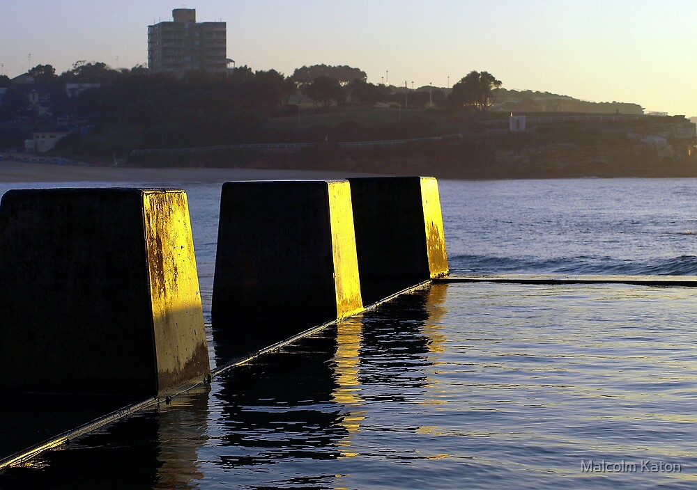 Coogee Reflections - Coogee, NSW by Malcolm Katon