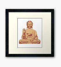 Budda Sitzend Framed Print