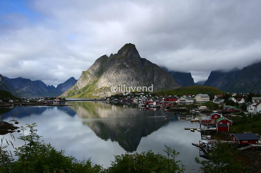 Reine - Lofoten Islands by Willy Vendeville