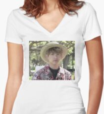 Puffy Jungkook in Hawaii Women's Fitted V-Neck T-Shirt