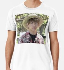 Puffy Jungkook in Hawaii Premium T-Shirt