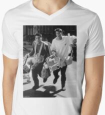 Friends - TV Show Men's V-Neck T-Shirt