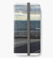 Grate Wave Lake iPhone Wallet/Case/Skin