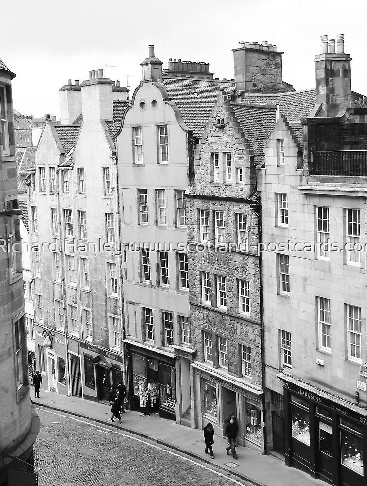 Victoria St by Richard Hanley www.scotland-postcards.com