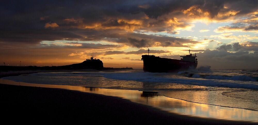 Pasha Bulker Sunrise by Stangus