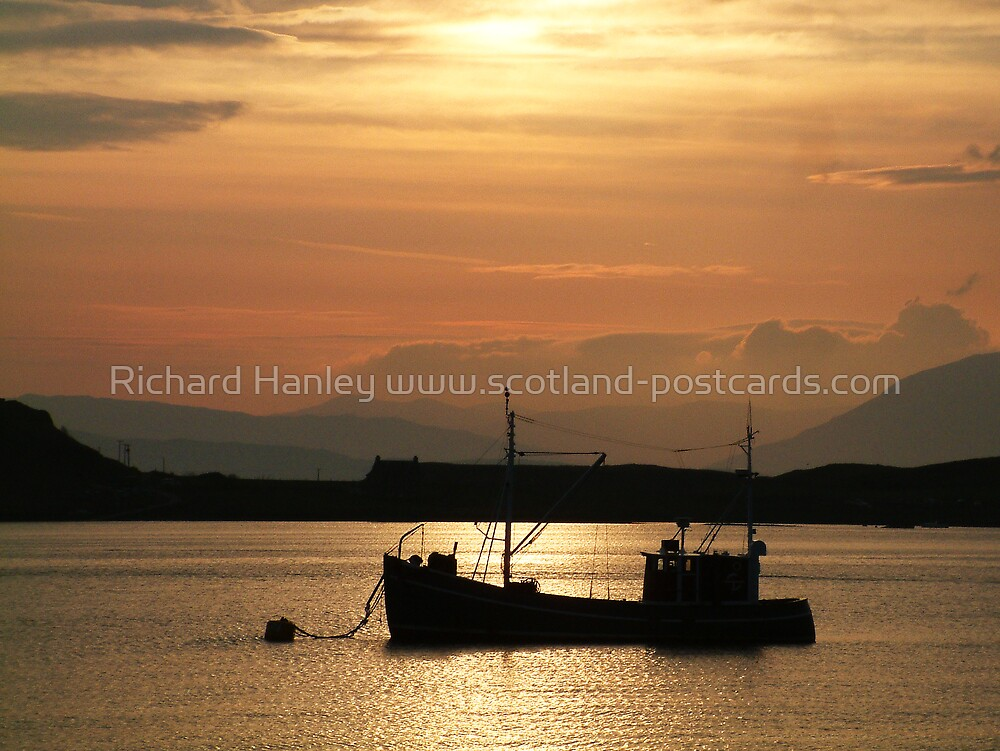 Fishing Boat At Sunset by Richard Hanley www.scotland-postcards.com