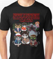 FREMDE CATS Slim Fit T-Shirt