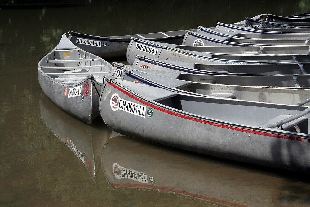 Canoes by noffi