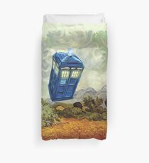 Vincent and the Doctor Duvet Cover