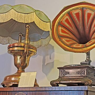 Gramophones at Rudesheim by grmahyde