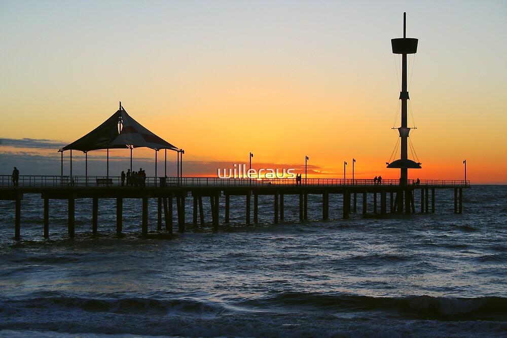 Brighton Jetty by willeraus