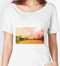 London Skyline Shard on River Thames Women's Relaxed Fit T-Shirt