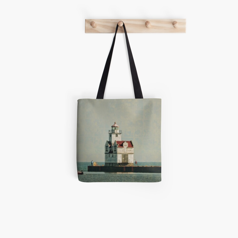 Lighthouse - Manitowoc, WI Tote Bag