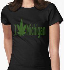 0220 I Love Michigan  Women's Fitted T-Shirt