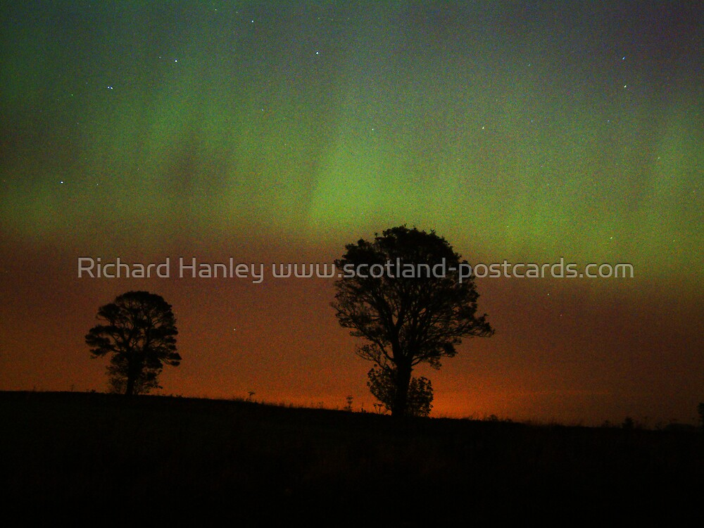 Northern Lights 1 by Richard Hanley www.scotland-postcards.com