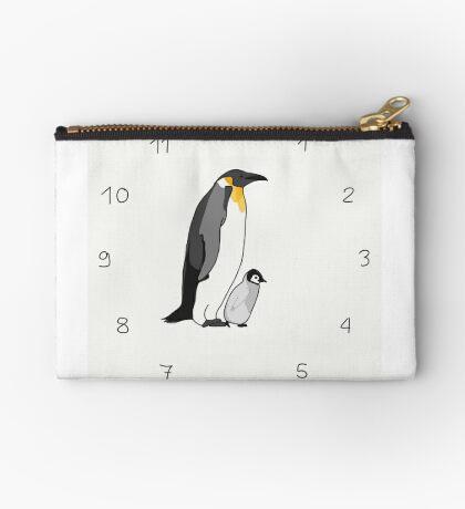 Pinguin Studio Clutch