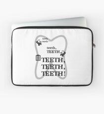 TEETH TEETH TEETH - full tweet version Laptop Sleeve