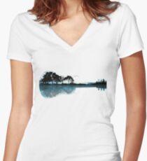 Natur Gitarre Tailliertes T-Shirt mit V-Ausschnitt