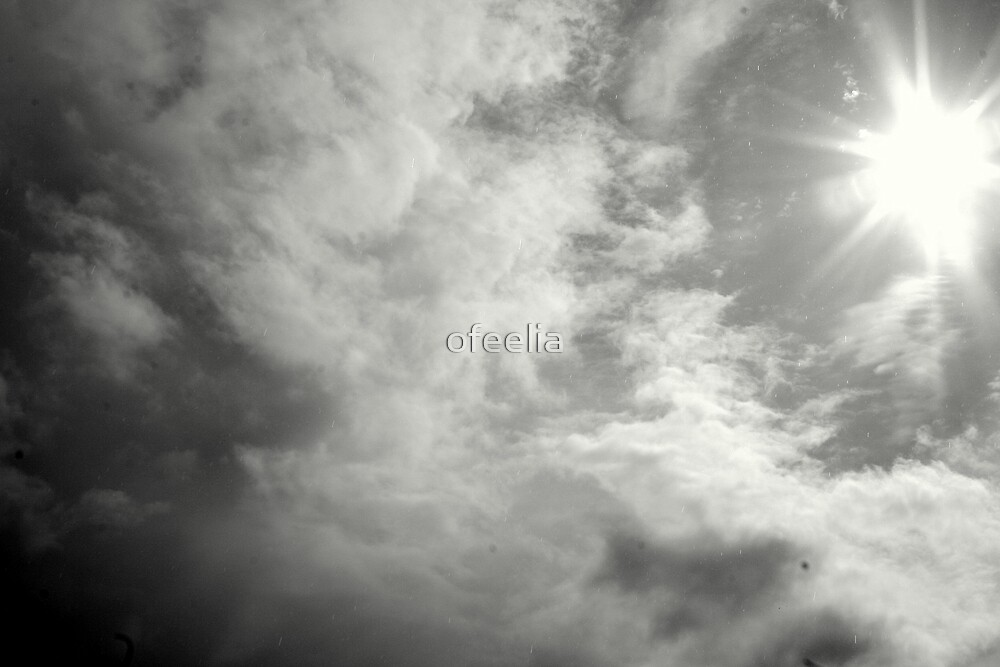 towards the light  by ofeelia