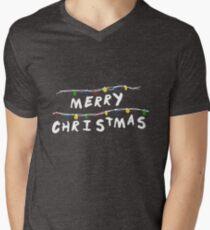 Merry Stranger Christmas Camiseta para hombre de cuello en v