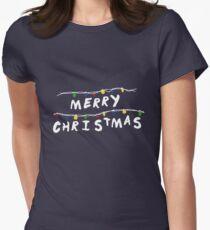Merry Stranger Christmas Camiseta entallada para mujer