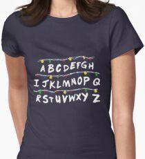 Stranger Things Code Camiseta entallada para mujer