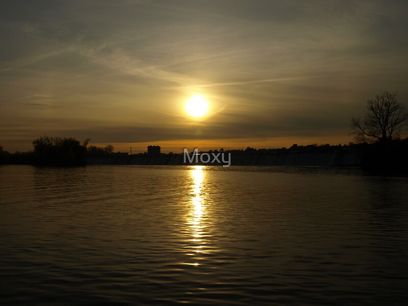 Sunset on R.D.P. 2 by Moxy