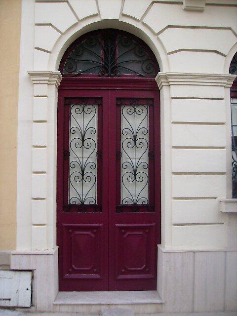Red Door, Sliema Malta. 2007 by mnajdra